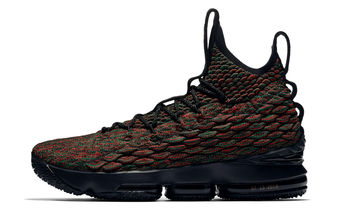 cheap for discount 5efa9 7b79e Nike Lebron 15 Performance Review