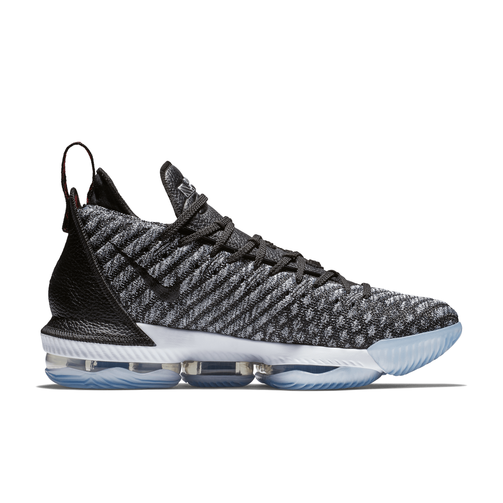 2129a985506 Nike Lebron 16 Performance Review