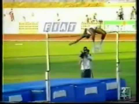 High Jump 2.45 world record - Javier Sotomayor